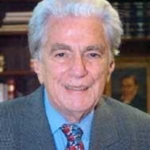 Enrique Ros
